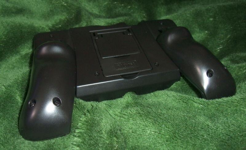 3DS-hori-06.jpg